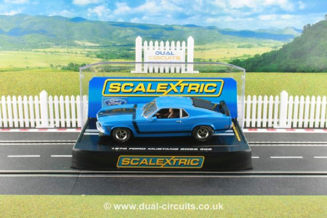 Scalextric C2976 1970 Ford Mustang Boss 302 Street Car Grabber Blue